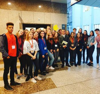 Leerlingen naar politiek Den Haag